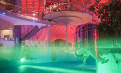 Floating im Liquid Sound der Toskana Therme