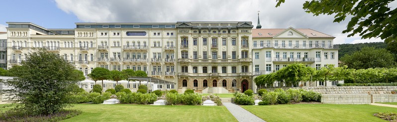 During its long history, the monumental facilities of Hotel Elbresidenz have always amazed visitors of Bad Schandau.