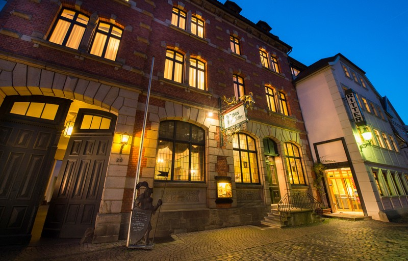 For more than 130 years, the long-establish hotel has been a place of sophisticated of hospitality in the baroque town of Fulda. Modern convenience meets historic atmosphere.