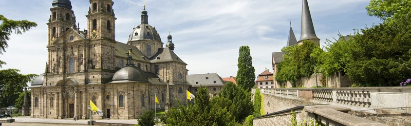 Discover the historic riches of the baroque town, spend the holidays in a cozy surrounding or enjoy a exciting musical. Our packages offer everything you need for a relaxing stay in Fulda.